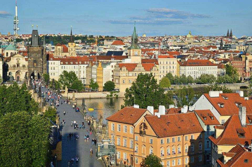 Z ubytovny Praha za méně známými vyhlídkami