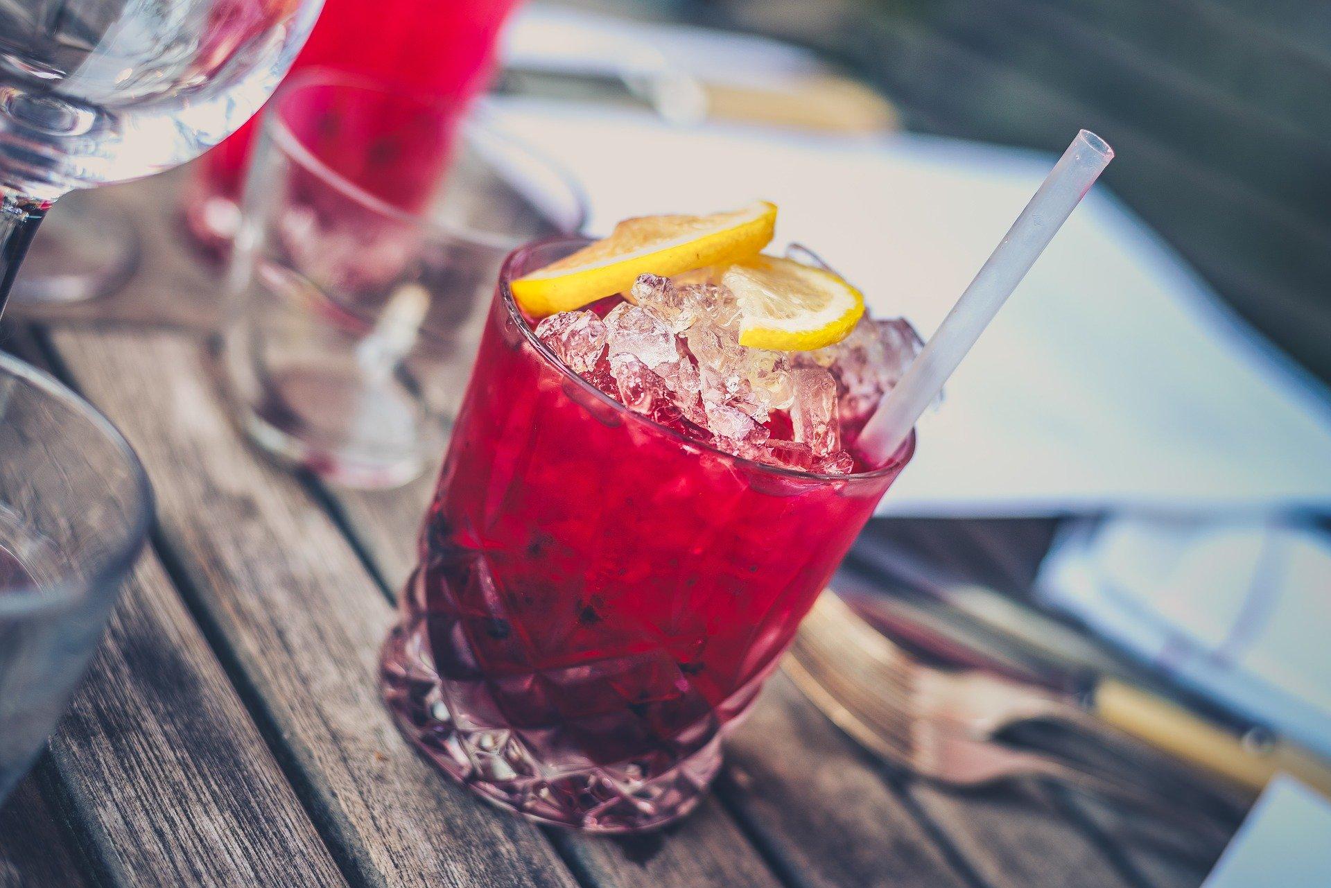 Míchaný nápoj likér