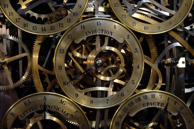 Mechanické měření času.jpg