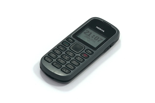 tlačítkový mobil, telefon, nokie, starý